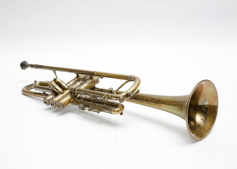 vinatge brass trumpet