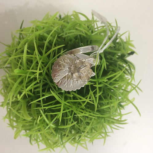 MFJ Designs Sterling Silver Lily Pad Ring