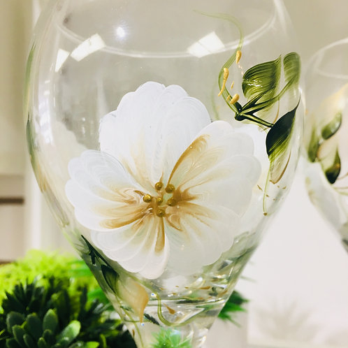 White Hand Painted Flower on Wine Glass