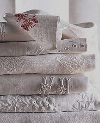 vinbtage linen embroiderd tableclothes
