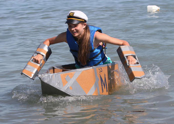 cardboardboatrace1.jpg