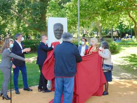 Escultura presta homenagem a José Álvaro Vidal