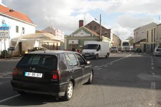 Câmara estuda alternativas para o trânsito no Carregado