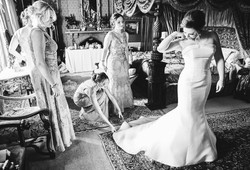 Bridesmaids Help