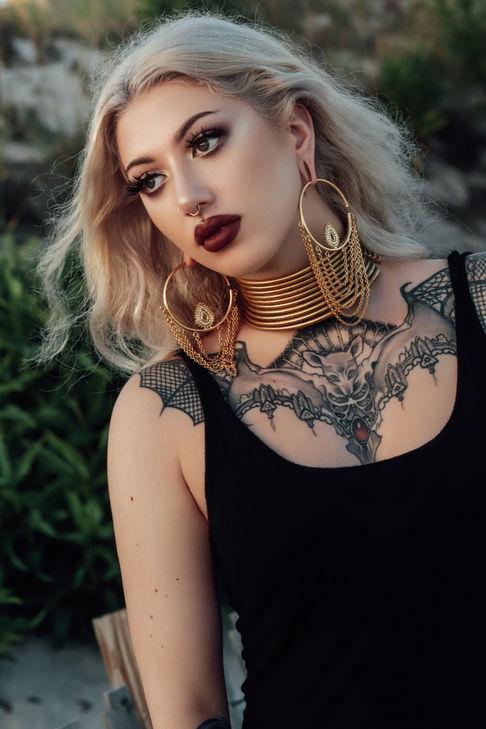 Model: Dakota A.