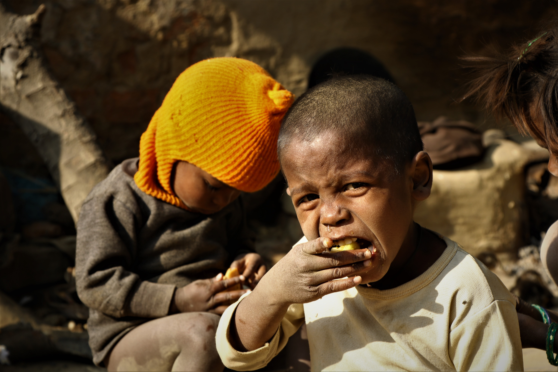 kids enjoying post workshop snacks