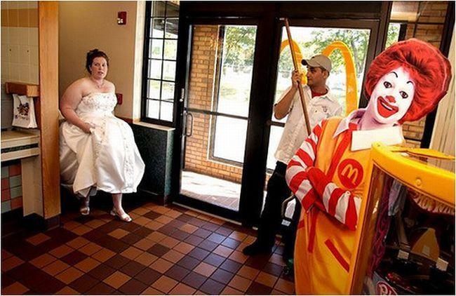 09 Fast Food.jpg