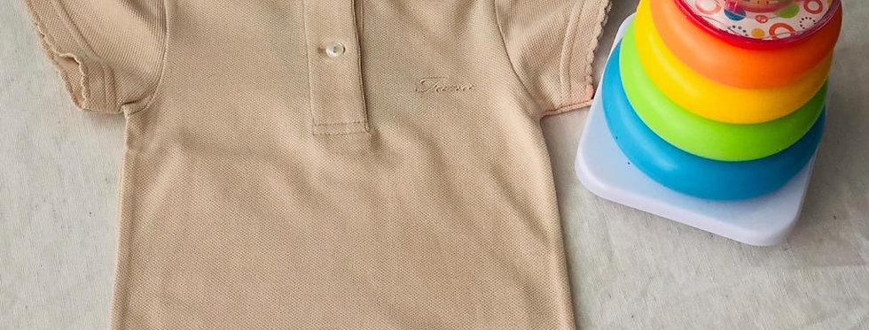 Tricou cu guleraș și năsturei - crem