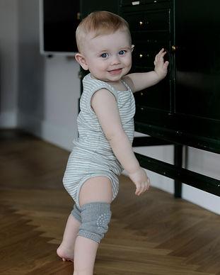 GoBabyGo Kneepads Grey Melange (5).jpg