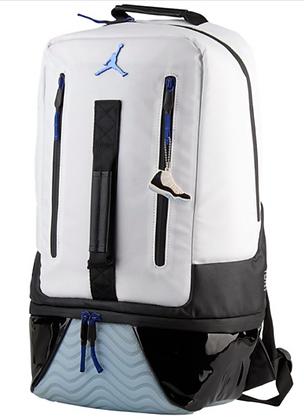 תיק גב לחדר כושר /נייק אייר גורדן nike air jordan retro 11 backpack  9A1971-WU4