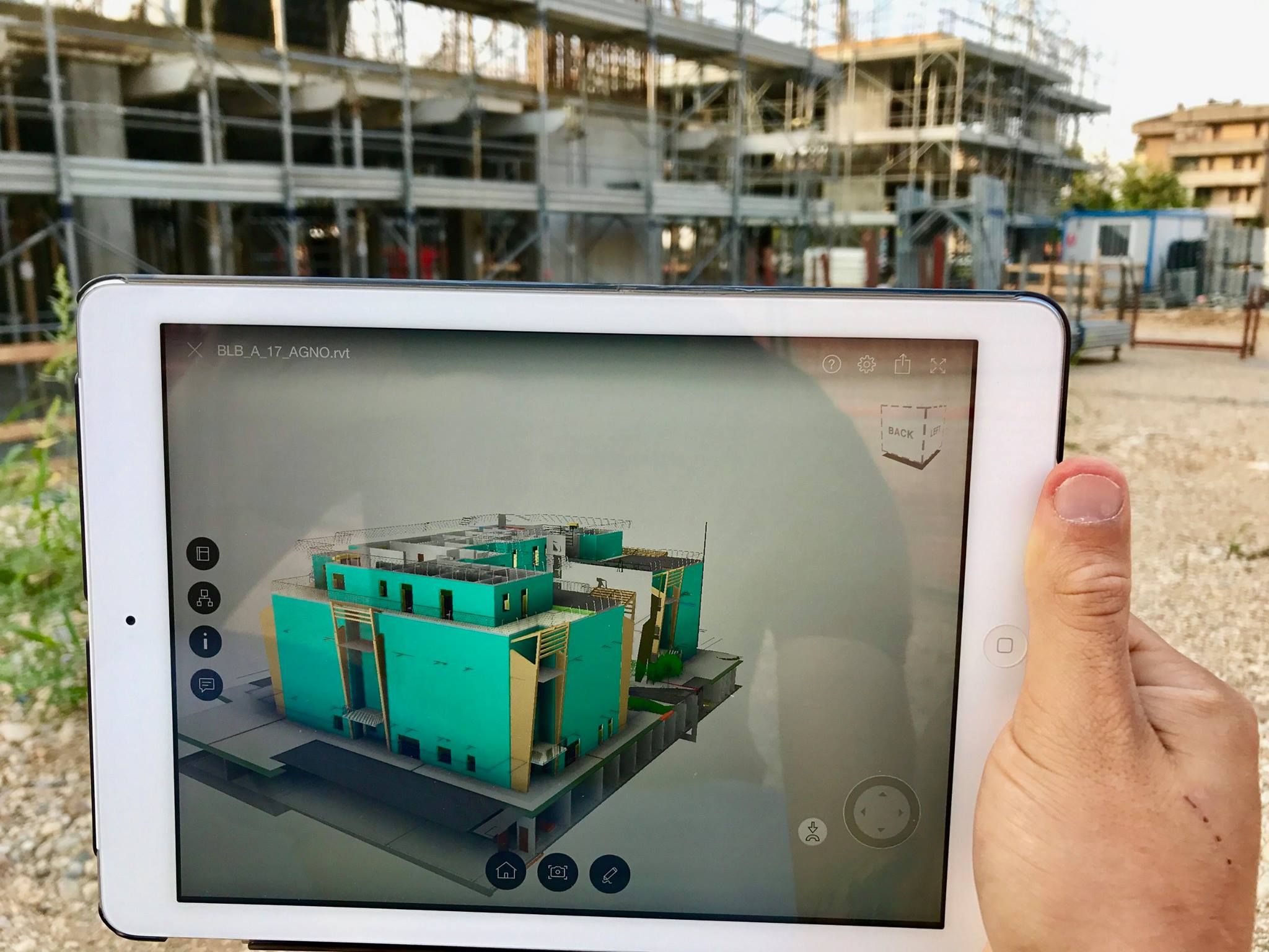 Tablet in cantiere