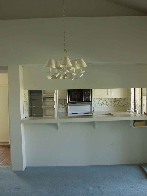 Kitchen & Family Room - BEFORE