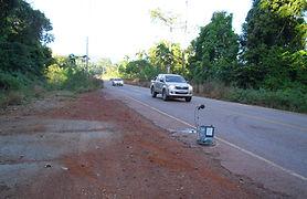 Monitoramento sismográfico de tráfego de veículos