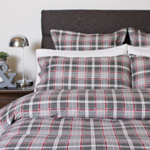 William Flannel | Bedding-Queen Duvet Set