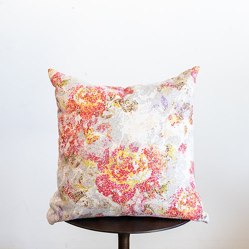 23x23 Berrie Pillow w/ Down Insert