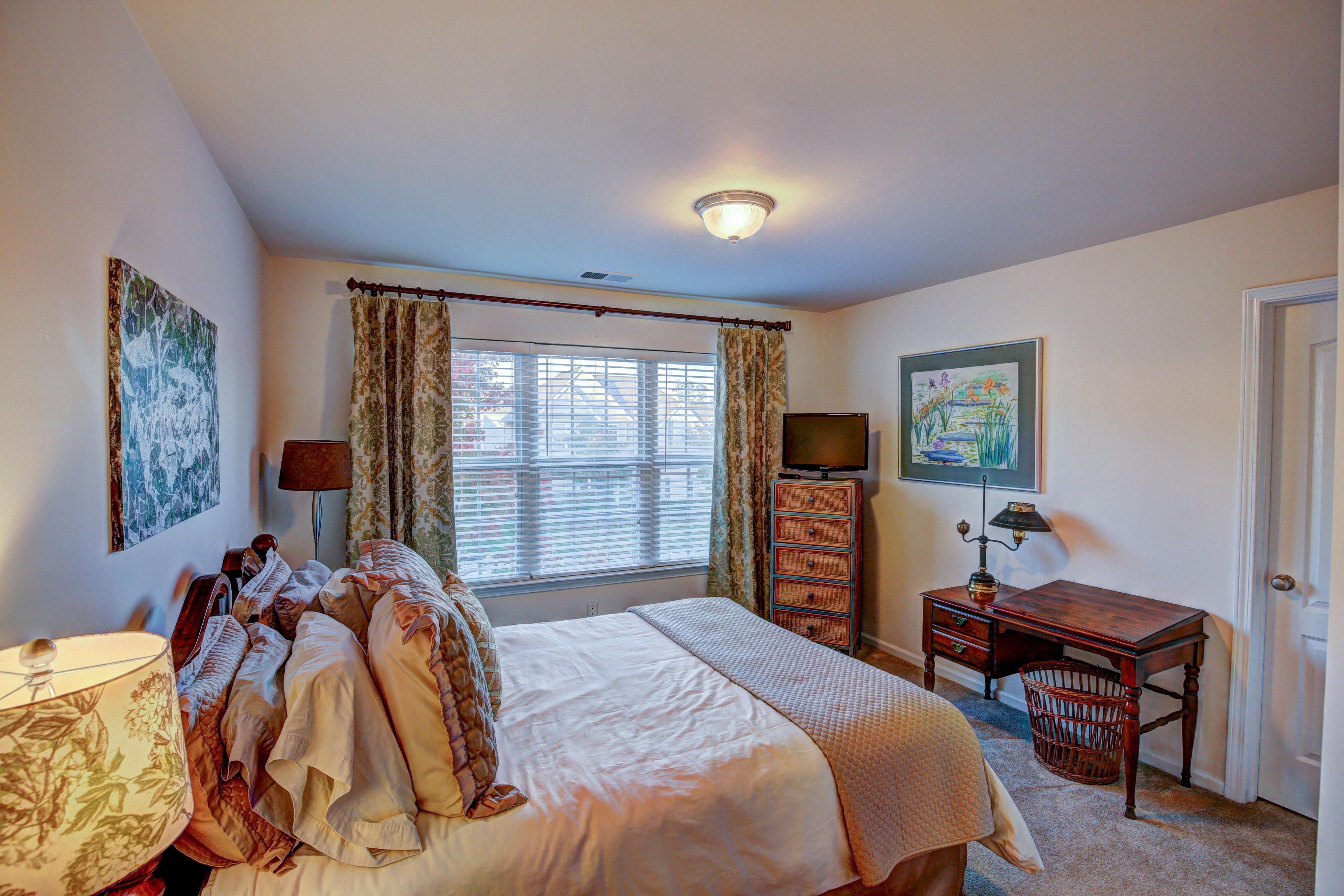 Edgewater-bedroom 2 (1)