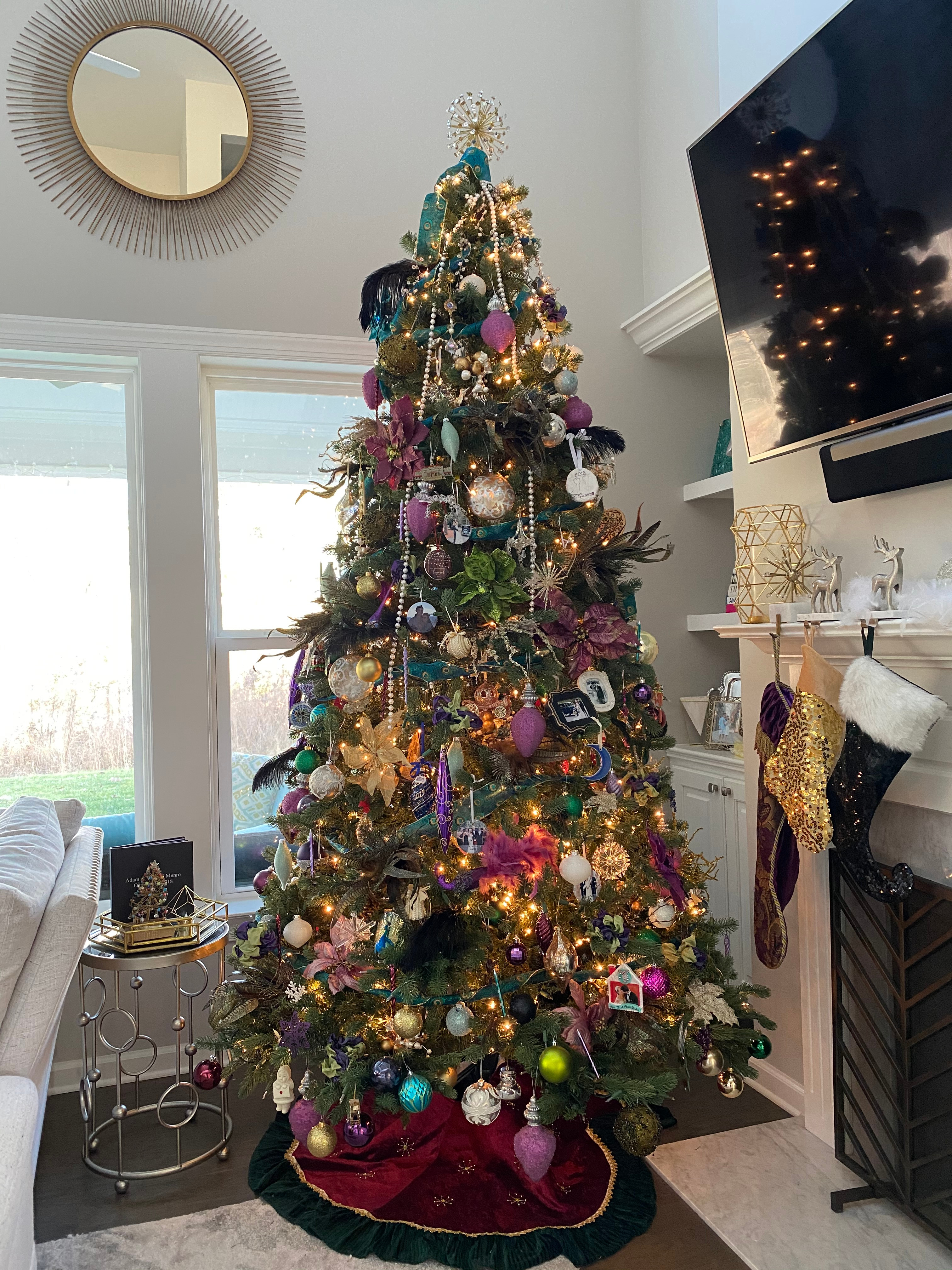 Holiday Home & Tree Decorating