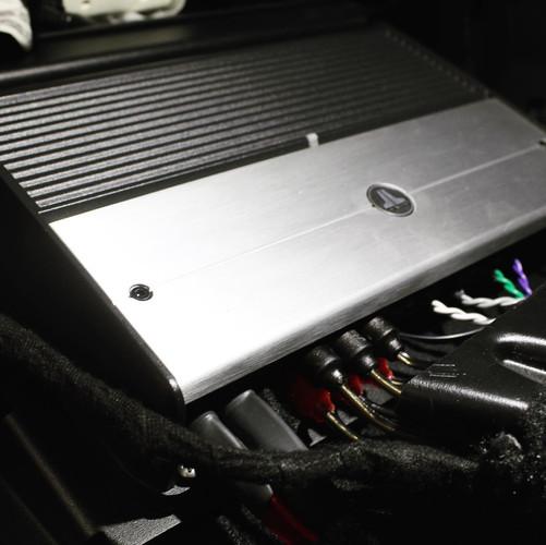 Custom Amp Rack For Jeep