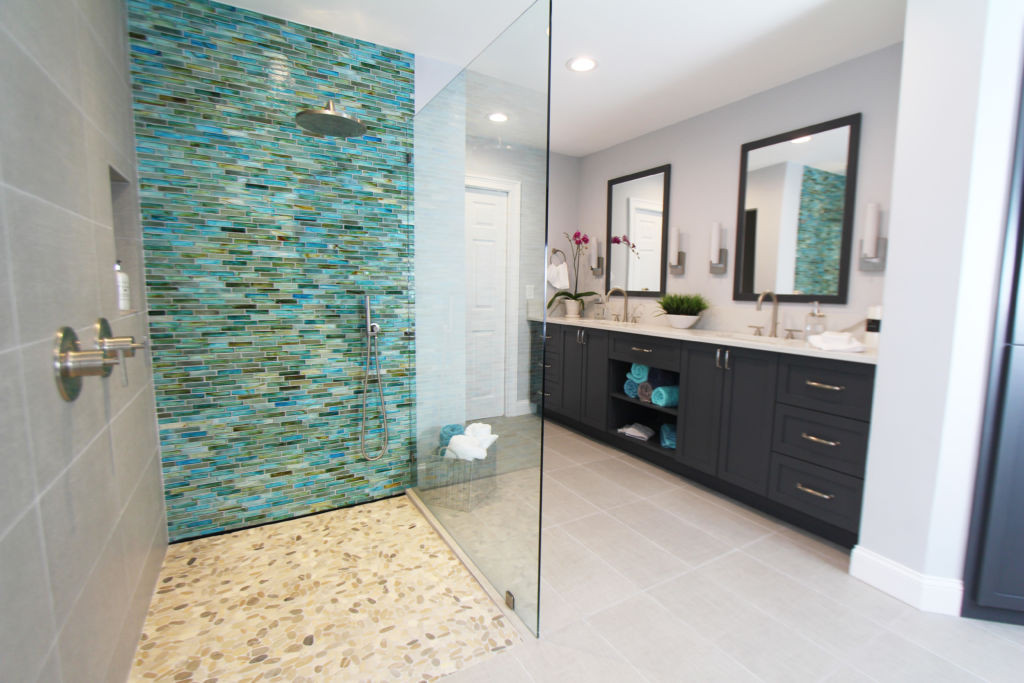 Turquoise in a Modern Bathroom
