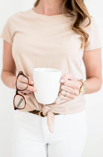 color-joy-stock-holding-glasses-coffee.j