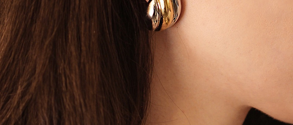 Gold/Silver Flame earrings