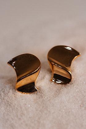 Gorgeous wavy earrings
