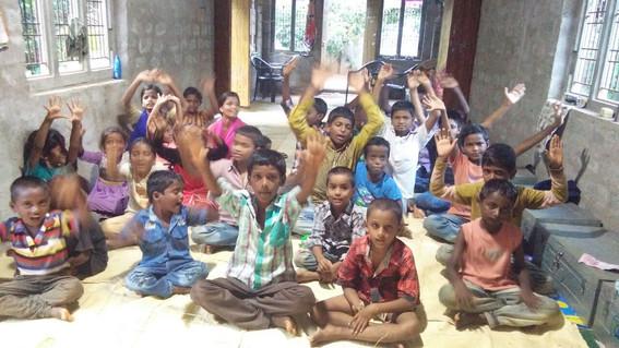 babu-orphanage-kids.JPG
