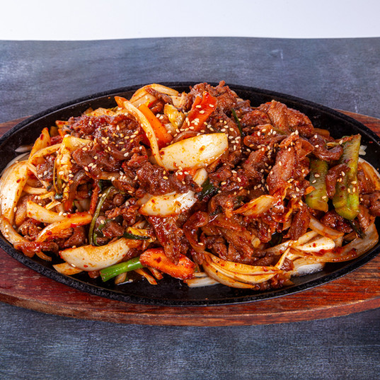 SPICY STIR FRIED PORK.jpg