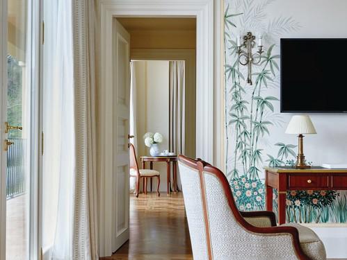 belmond-hotel-splendido-room-furniture.j
