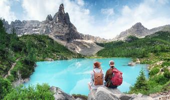 Dolomites-Couple.jpg