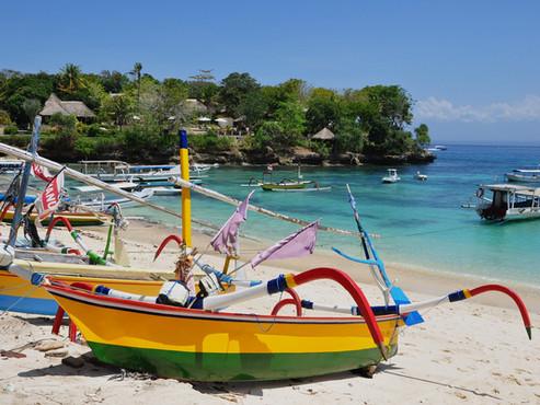 bali beach boat.jpg