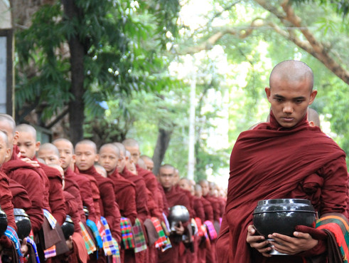 myanmar monks mandalay.jpg