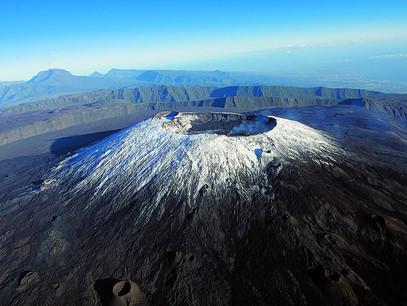 reunion volcano.jpg