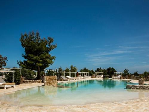 masseria-pool.jpg