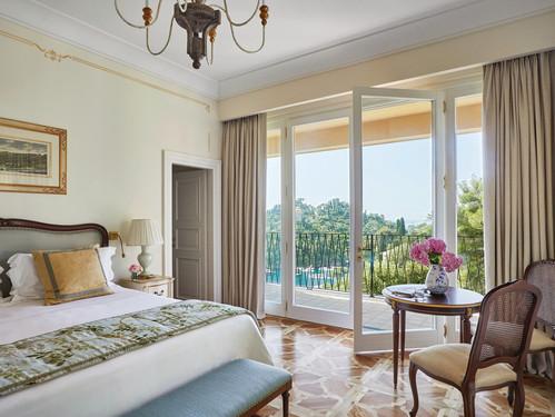 belmond-hotel-splendido-room-balcony.jpg
