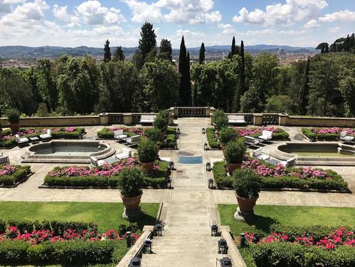 il-salv-gardens.jpg