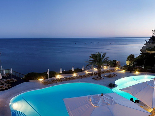vilalara-thalassa-resort-morning.jpg
