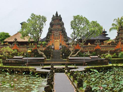 bali ubud temple.jpg