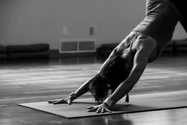 Yoga con esterilla online