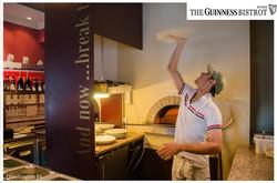 Fotografo Pizza Arona The Guinnes Bistrot Arona