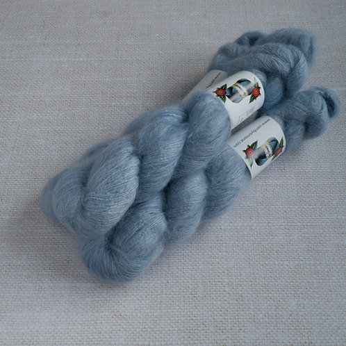 Blue Valentines - KMS - 72% kid mohair 28 % soie - Lace