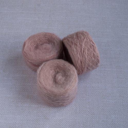 ROSE DES BOIS - SASM - 74% suri alpaga 26% soie du murier - light fingerin