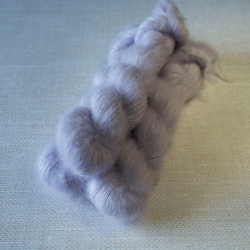 SUMMERTIME SADNESS - KMS - 72% kid mohair 28 % soie - Lace