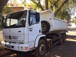 Caminhão Basculante MB2726 Traçado