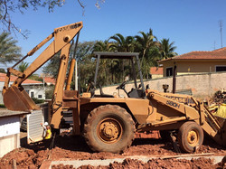 Retroescavadeira Case 580H