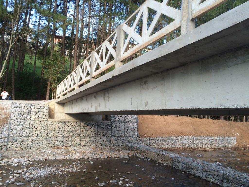 Pontes e Infraestrutura