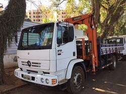 Caminhão Munck MB1718 22 TON
