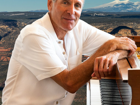 Legendary Pianist & Composer Plays Last Gig at Sound Bites Grill