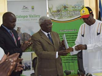 Hon. Prof. Ephraim Kamuntu Officially Hands Over