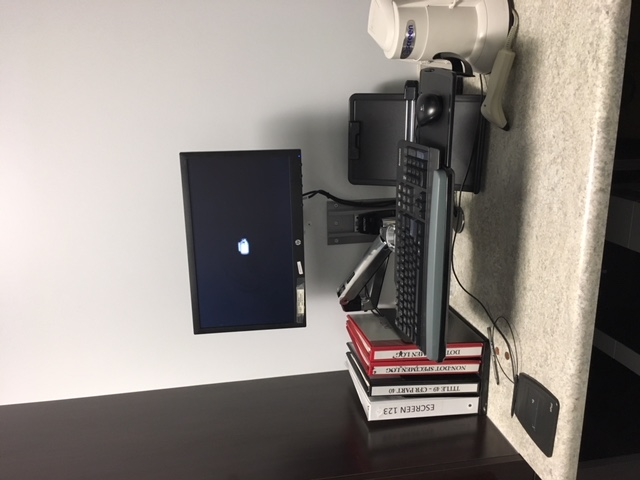 Wall Mount w Articulating Keyboard